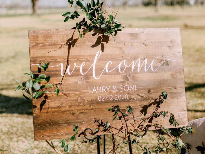 Tmx Welcome Sign On Easel 51 535760 160218765163688 Wharton, TX wedding venue