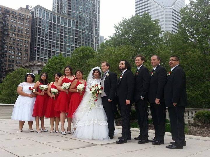 edadeb2c302dada7 1444327404928 wedding party closer