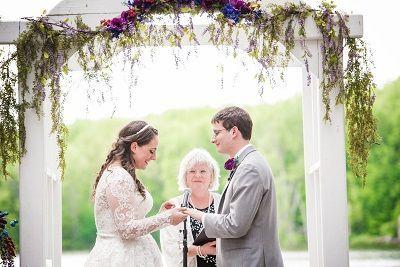 Tmx 1534081632 A527188416554585 1534081631 B57fdd89bd8758cc 1534081629738 5 RachelandDerek EDI Glens Falls wedding officiant