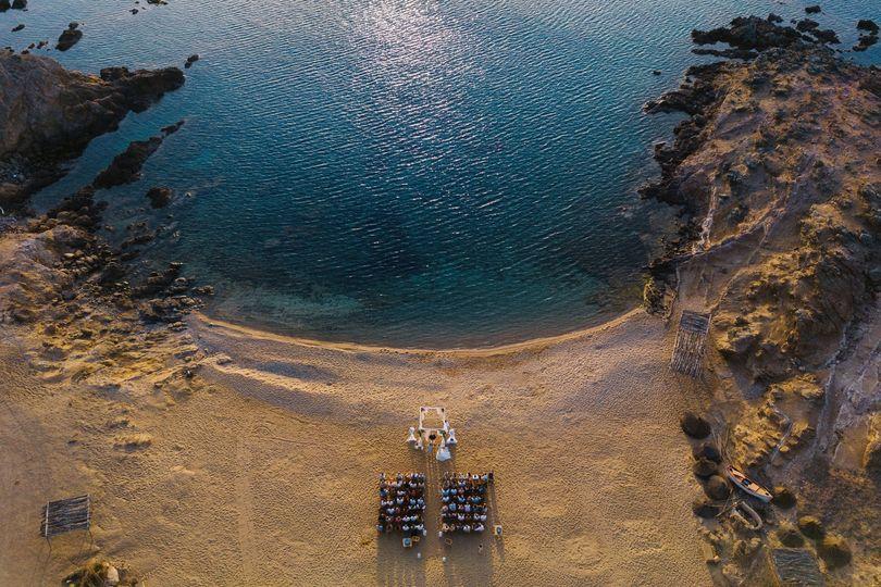 Beach wedding in Mykonos