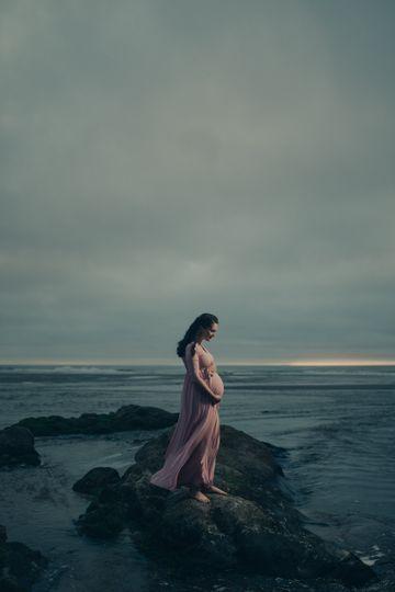 Bend Maternity Photographer