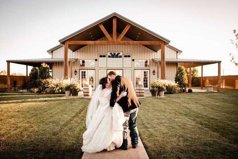 bride groom lubbock tx 51 919860 159603610299337