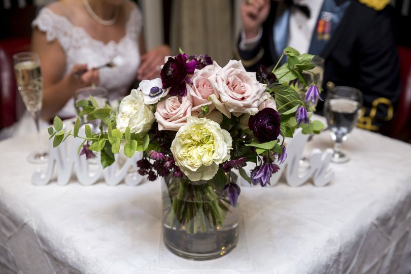 Table decorations | Live Free Photography