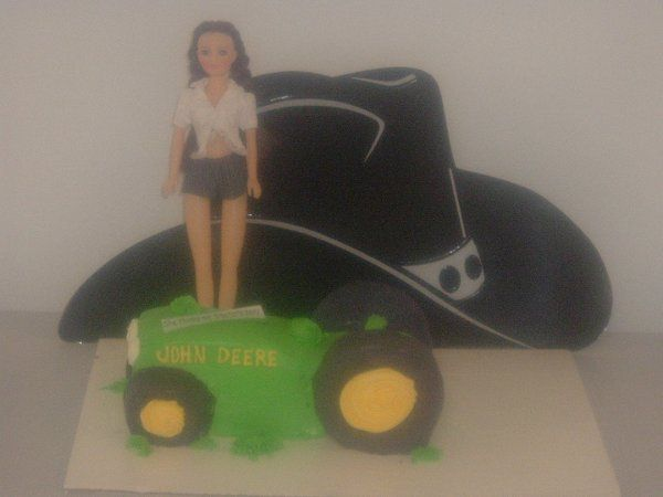 Jeremy likes John Deere, so what better choice for a groom cake?