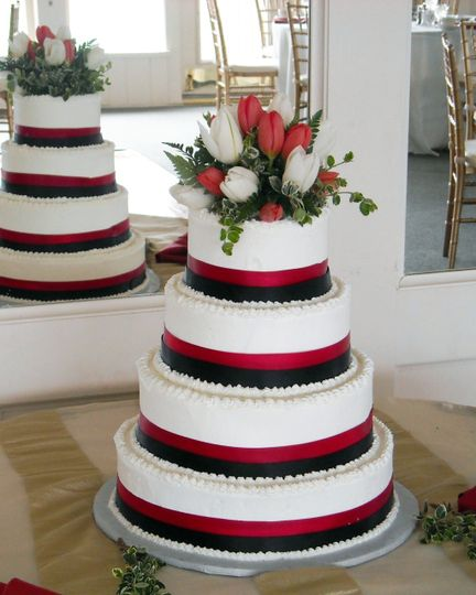 Formal Red wedding cake