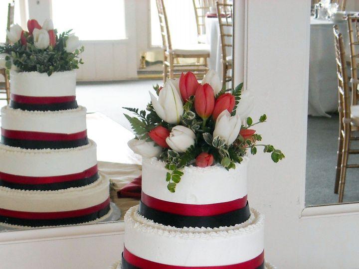 Tmx 106 99 51 90960 157401191563055 Somerset, MA wedding cake