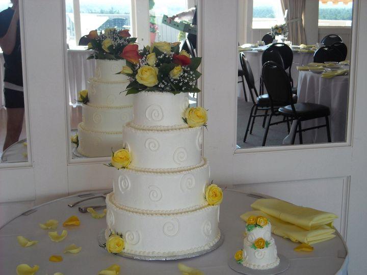 Tmx 1414009173453 22 Somerset, MA wedding cake
