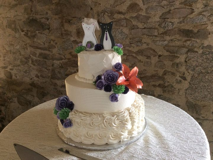 Tmx 1497544006528 Img0254 Id E8383398 D96f 4cf2 A0b0 0f747525ab1a Somerset, MA wedding cake