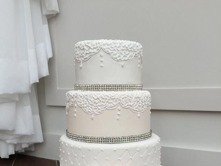 Tmx 1508509883719 New Somerset, MA wedding cake