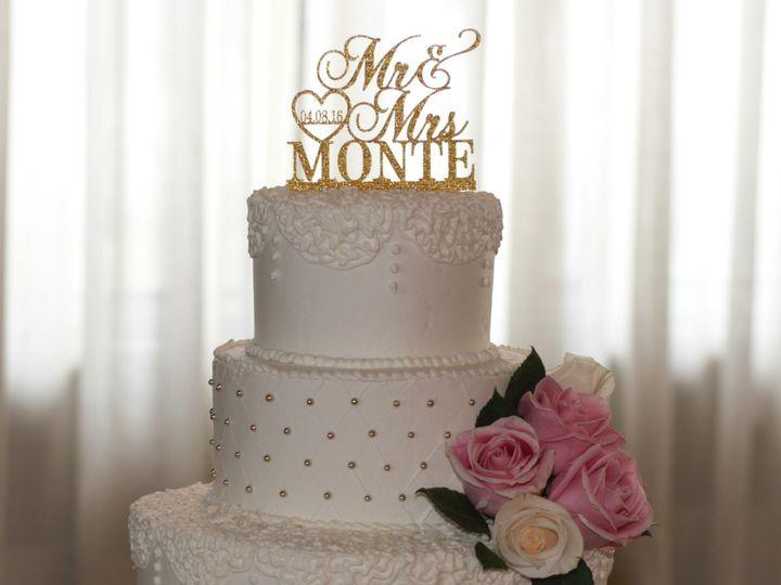 Tmx 2004 07 12 15 24 39 51 90960 157401170992057 Somerset, MA wedding cake