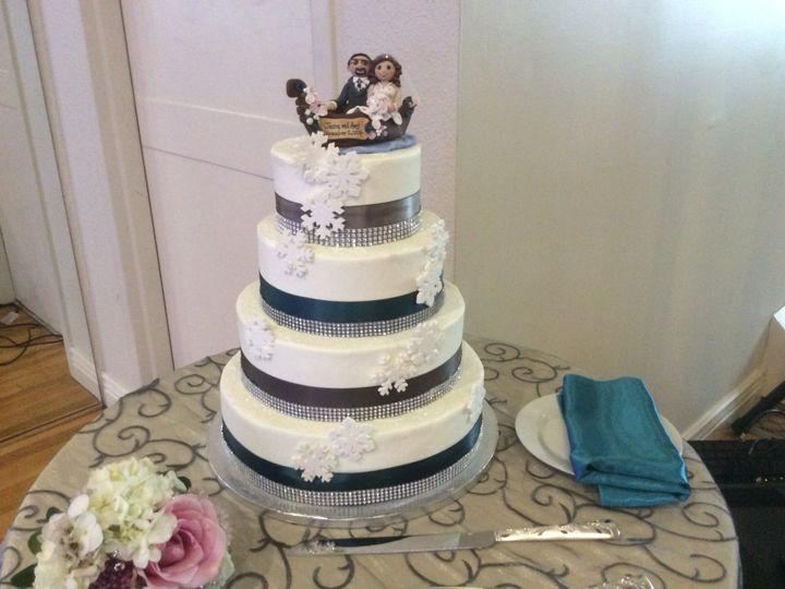 Tmx A72e7715 5f11 4ae5 A110 F47a5d6e5c31 90950 51 90960 157401156885096 Somerset, MA wedding cake