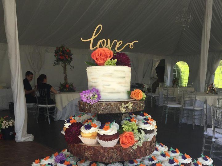 Tmx Cupcake Log 51 90960 157400945862497 Somerset, MA wedding cake
