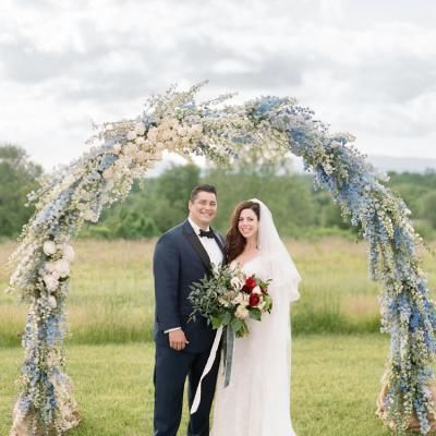 Photographer // Ashley Cox | Venue // Panorama Farms | Planner // Alex Noble | Caterer // Harvest...