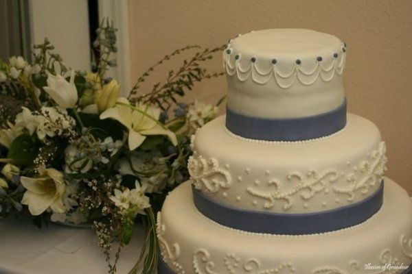 Tmx 1218132017181 Sepideh Wedding Cake.131101853 Std Montesano wedding cake