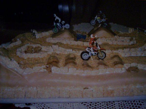 Tmx 1218132682212 MotorcrossCake Montesano wedding cake