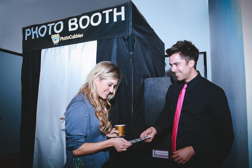photocubbies photo booth rental los angeles cali