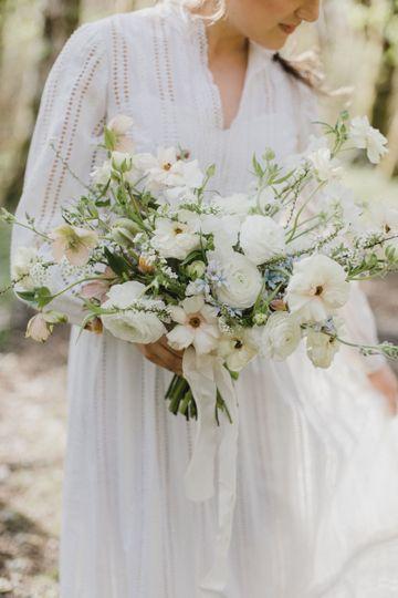 METAL + MOSS floral design