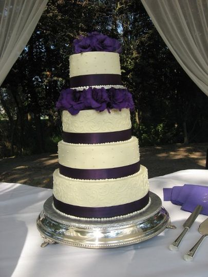 Violet and white cake