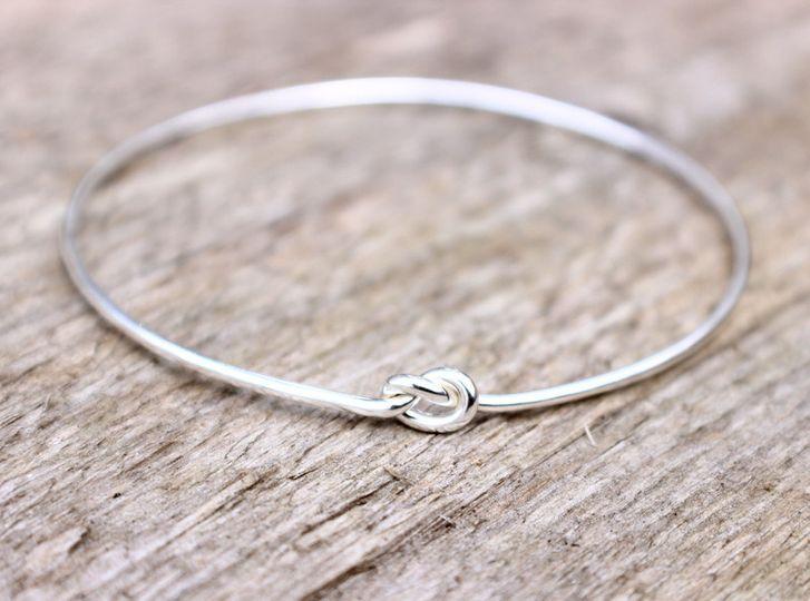 braceletknot