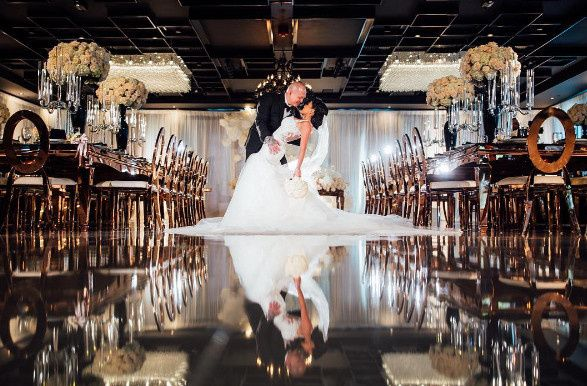 Casa vertigo wedding rings