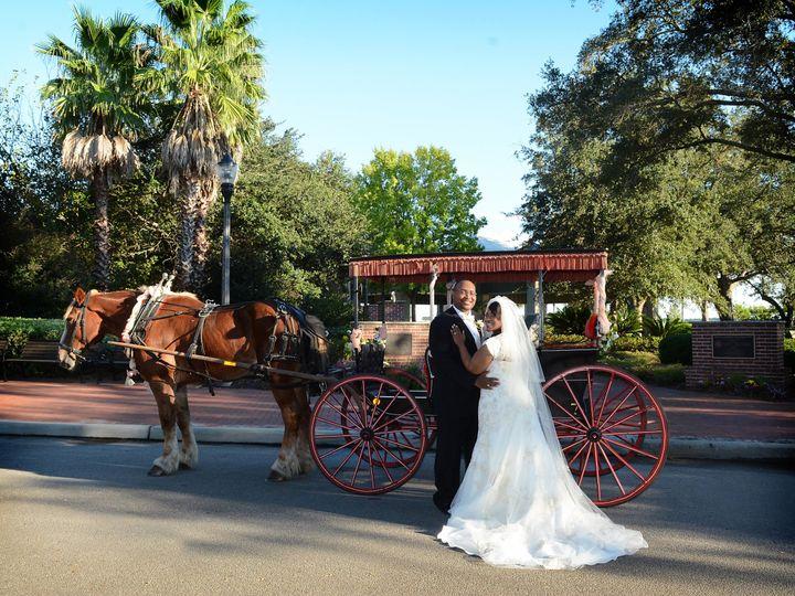 Tmx 1519920766 53a14217ff1cc952 1519920762 18b4dfea7fc96c5a 1519920760037 1 2CE 1122 Charleston wedding photography