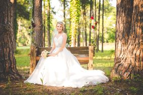Twisted Roots Wedding Photography