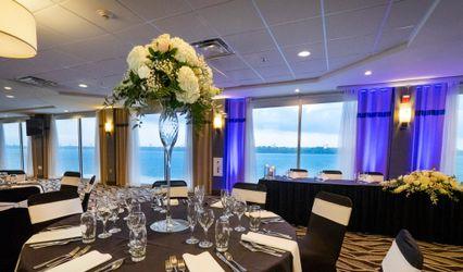 The Niagara Riverside Resort
