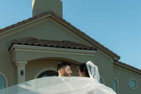 Weddings & Photobooth by Chris Marie