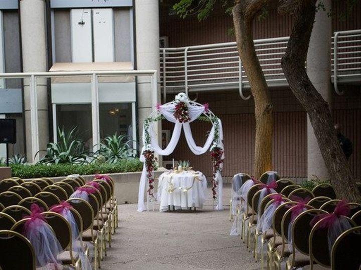 Tmx 1444434987033 10037355929233707291351141736926n Arlington wedding florist