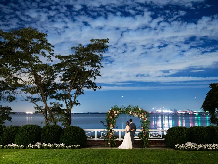 Tmx Genevieve Leiper 15 51 1070 V1 Stevensville, MD wedding venue