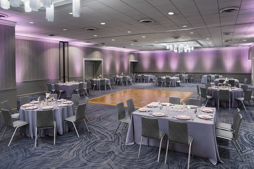 James River Ballroom is the ideal setting for your dream wedding, elegant social event or special...