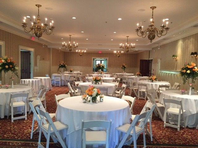 Wedding reception in the charming Scarborough Room in the Pavilion.
