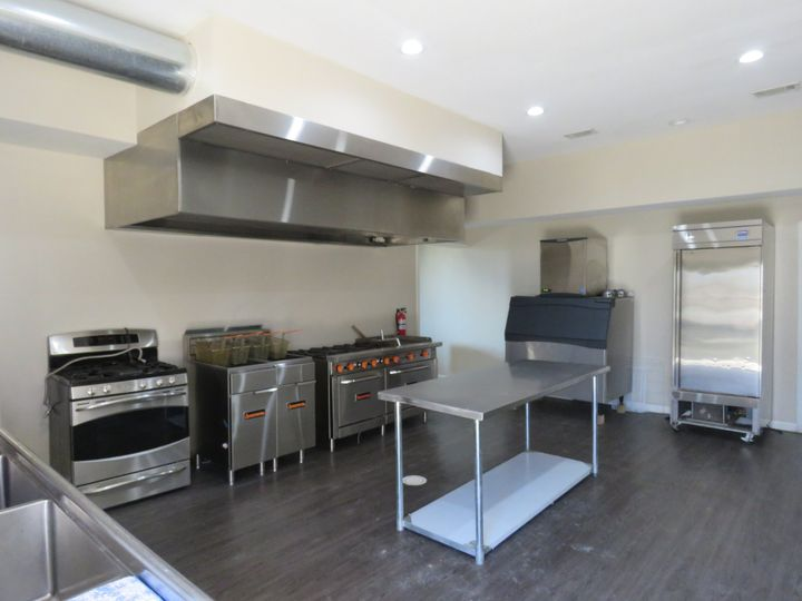 Knox Hall Kitchen