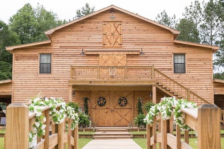 Brookside Barn - Venue - Ellisville, MS - WeddingWire