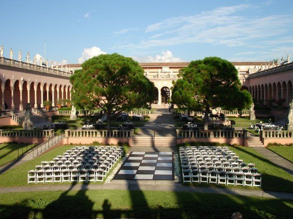Ringling Outdoor ceremony