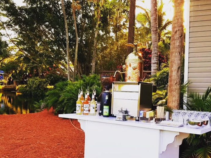 Tmx 1536069162 Fa797d1c3bcf5525 1536069161 375dad1e3bfbf4fa 1536069159570 4 Coffee Cart 6 Miami, Florida wedding catering