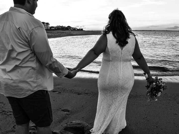 Tmx 1538441367 10a753fe3c90f245 1538441365 E2dbbe80d5a91df1 1538441356525 3 EB8F0364 ACC8 4367 Chesapeake, VA wedding photography