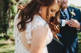 Divine Moments Photography