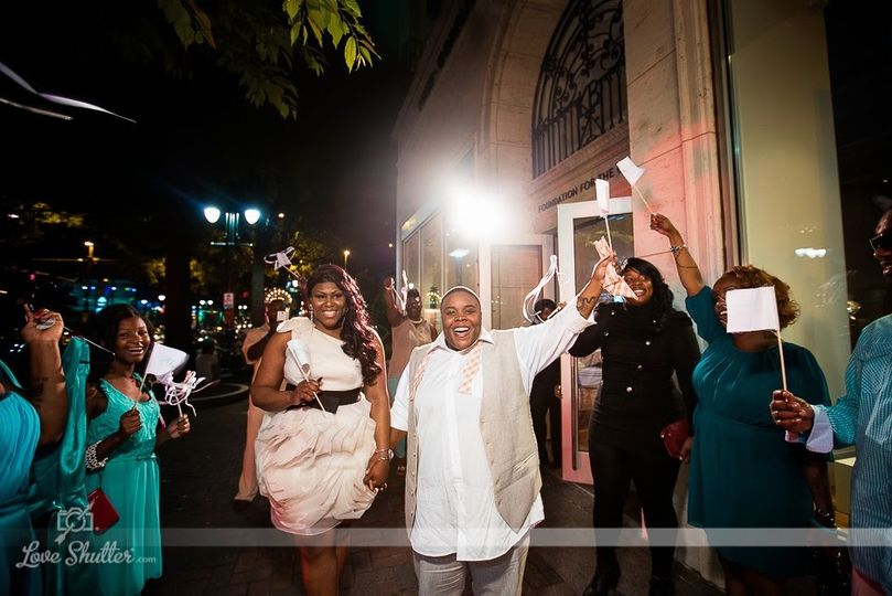Miami Chic Theme Wedding | Posh Affairs (c) Love Shutter Photography Charlotte, North Carolina