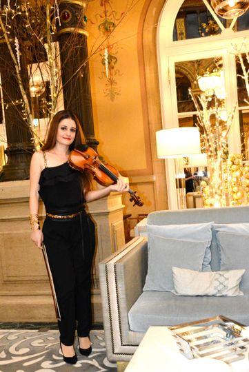 Classical Violinist Event Pari