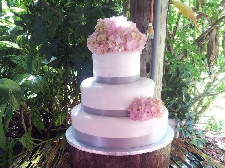 Tmx 1389792863177 13841824747185616650890122019 Vero Beach wedding cake