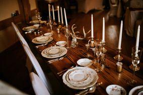 Vicki's Vintage Table