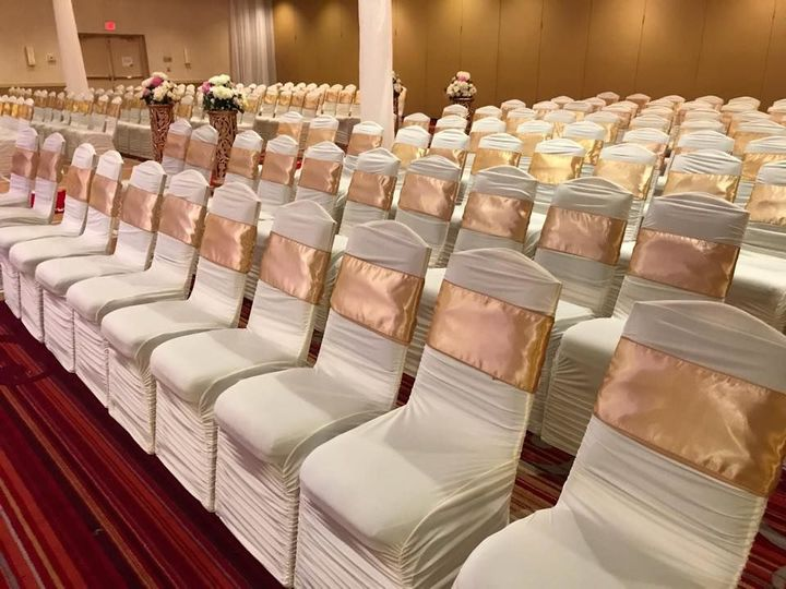 Tmx 1532445861 48c7a9e11b011f2f 1532445860 B17505615885b9a9 1532445860232 1 Fancy Seats 1 Wernersville wedding rental