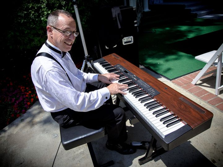 Tmx 1425583899752 Piano Player No Watermarkjpg Encino wedding dj