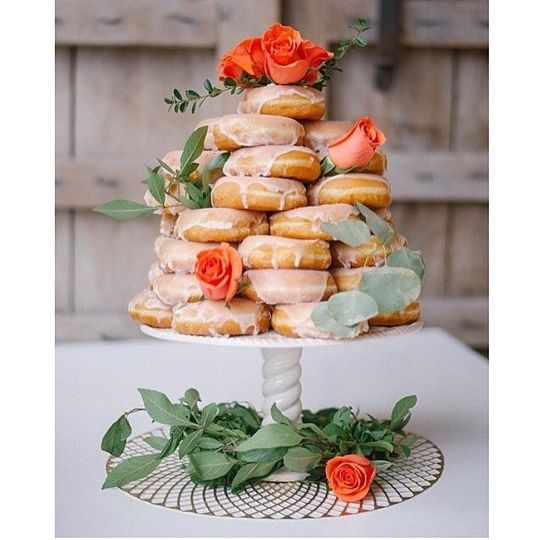 Order your exquisite donut wedding cake for that fabulous sweet tooth!