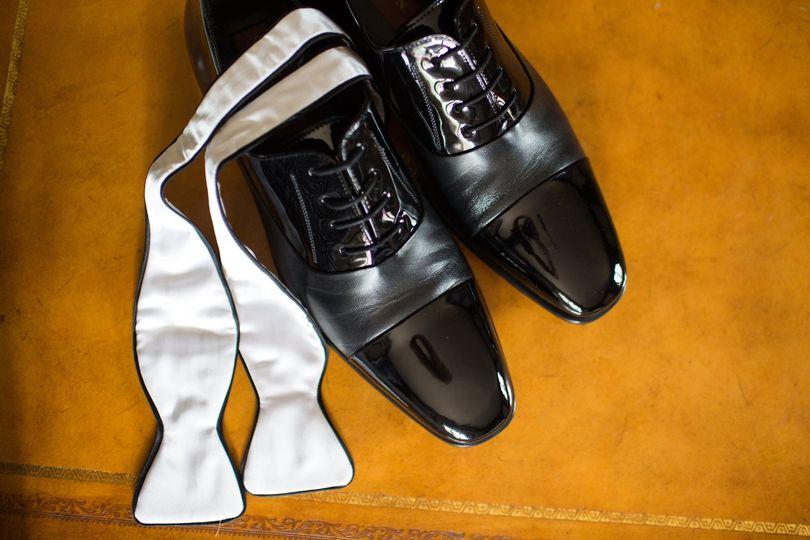 Mezlan two tone shoes