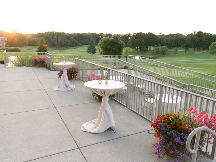 Tmx 1537298766 Ffe667a1c9d31844 1537298762 E116b3fcdbae587d 1537298748717 2 Red Oak Terrace    Itasca, IL wedding venue