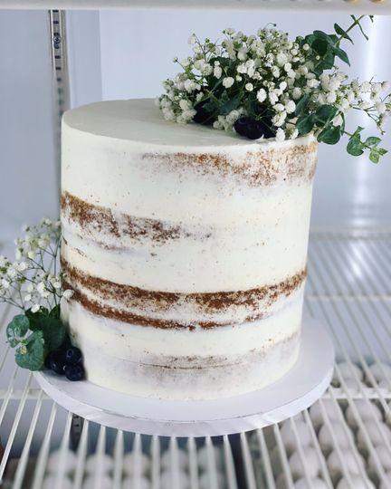 Smooth Naked cake