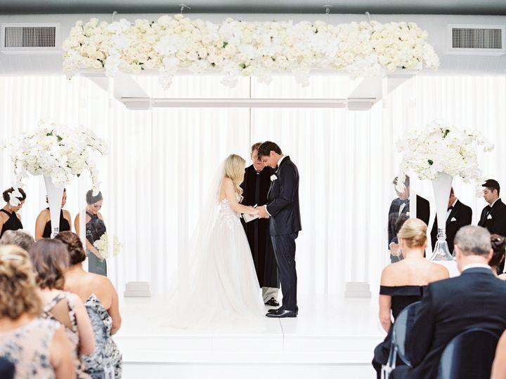 Tmx 57e99037cde75x900 51 165270 157599396378947 Dallas wedding florist