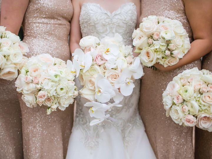 Tmx Christinabenwedding0611 Copy 51 165270 157599410727304 Dallas wedding florist